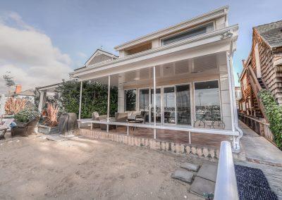 1 Bayfront Home